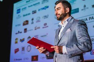 Despre implicare și antreprenoriat cu Stelian Burduhos